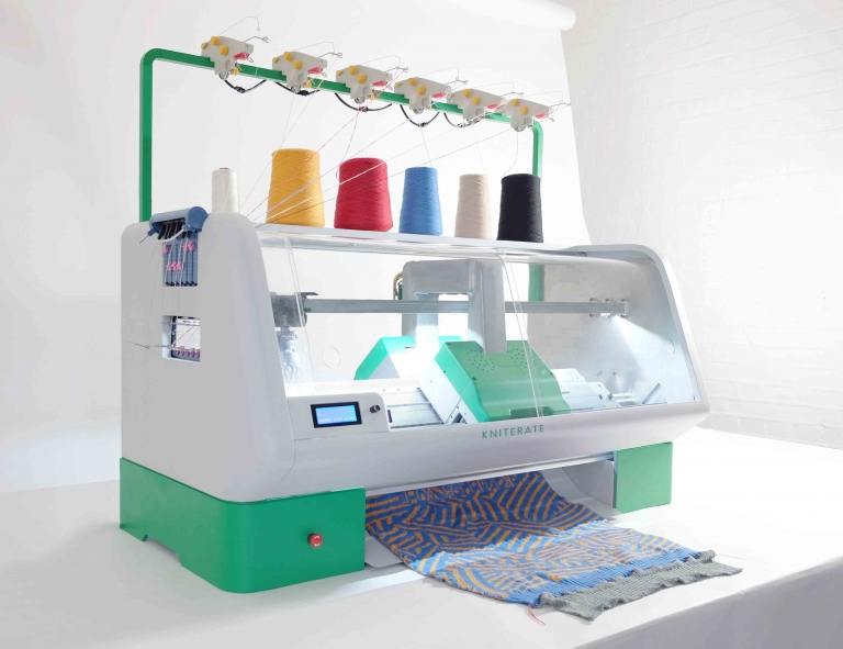 Kniterate: the Digital Knitting Machine